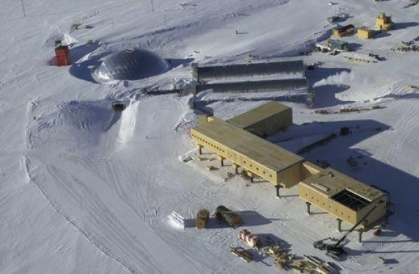 Научно-исследовательская станция на Южном полюсе