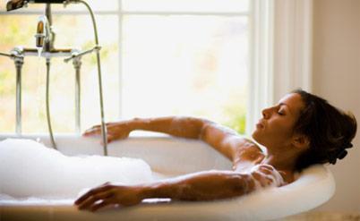 Зачем принимать ванну?