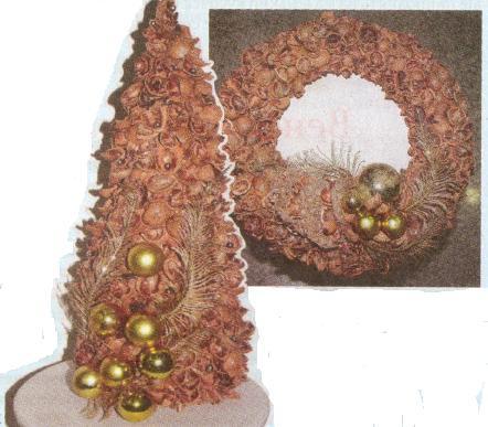 Ёлка из ореховой скорлупы