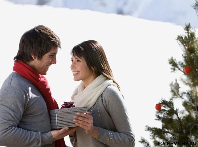 Что подарить на новый год молодой семейной паре