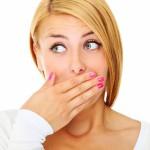 Почему у нас плохо пахнет изо рта, особенно по утрам?