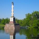 Кому посвящена Чесменская колонна в Царском Селе?