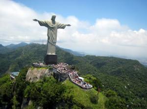 статуи Христа-Искупителя