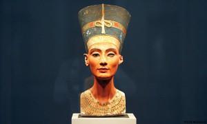 Нефертити – богиня и царица