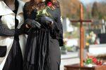 Почему беременным нельзя на похороны?