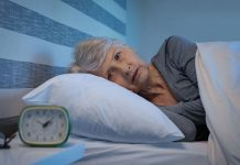 Почему недостаток сна заставляет выглядеть старше?