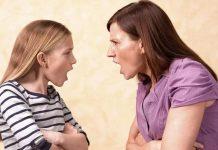 Почему дети критикуют родителей, и как на это реагировать?