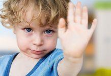 """Почему дети постоянно говорят """"нет"""" и что с этим делать"""