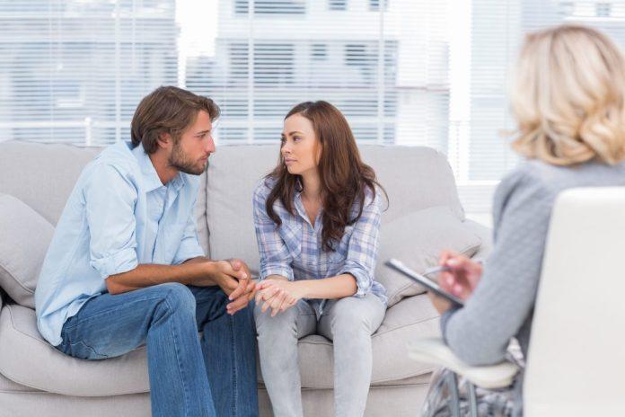Почему психологи не работают с родственниками и друзьями?