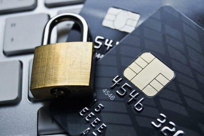 Почему банки заблокировали кредитную или зарплатную карту?