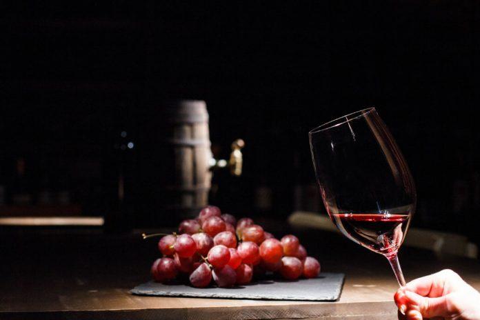 Почему вино называют «сухим»?